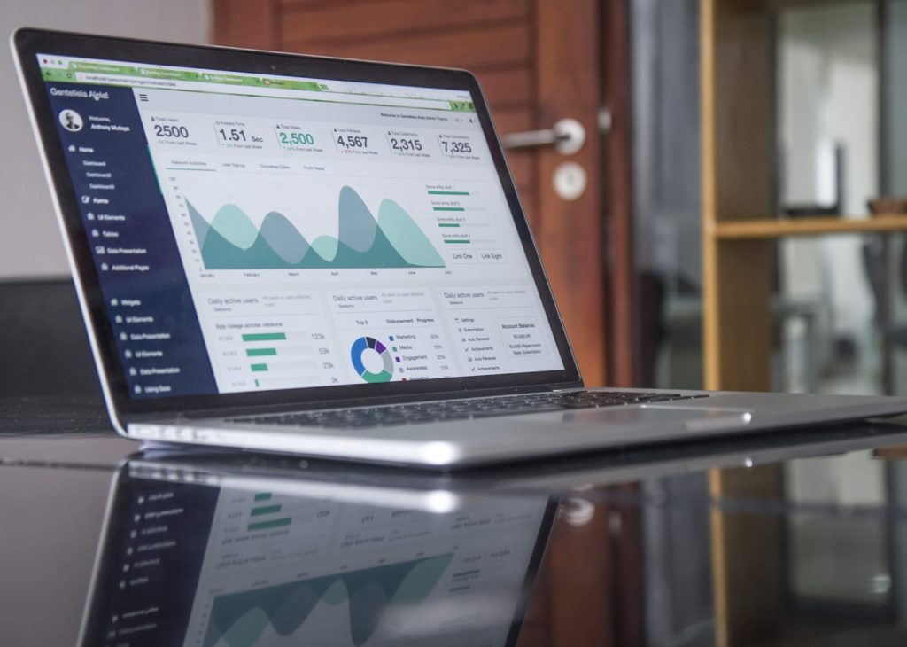 scorecard providing a weekly picture of data for your business